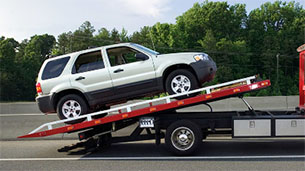 Tavares-Florida-flat-bed-wrecker